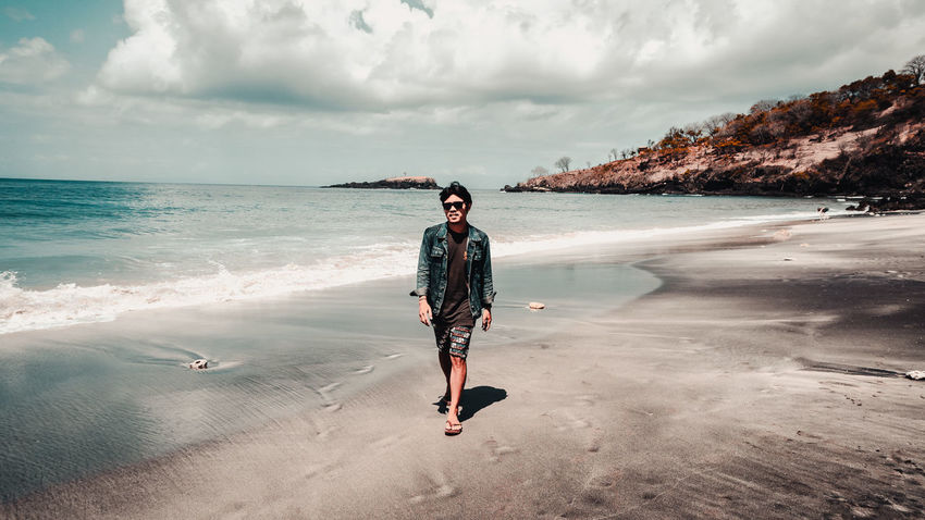 cool men #landscape #nature #photography #outfit #OOTD #potrait #travelphotography EyeEm Selects #sunsine #photography #EyeEmNewHere #sonyalpha #neverstopexploring #japanstyle #travel #model #beach #lombok Sportsman Water Full Length Sea Beach Sand Standing Adventure Arts Culture And Entertainment Men