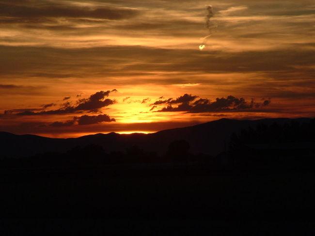 Sunset Beautiful Sunset Orange Red Yellow Look Like Fire Cloud Night Check It Out Taking Photo