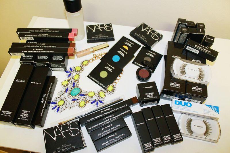 my first feed; follow me on Instagramer@brwn_kaur beauty Makeup Makeup ♥ Makeup Artist Mac Cosmetics Mac Cosmetics Anastasiabeverlyhills First Eyeem Photo