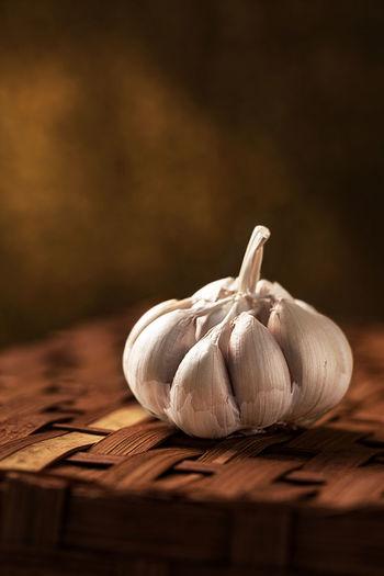 Garlic on box