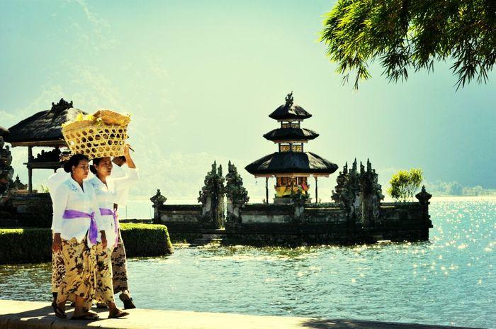 Bali Balinese Woman Temple ASIA