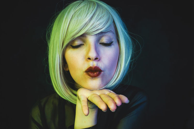 Studio Shot Portrait One Person Young Adult Headshot Black Background Front View Young Women Women Make-up Beautiful Woman Close-up Indoors  Beauty Hair Blond Hair Looking At Camera Dyed Hair Human Face Hairstyle Contemplation Nail Kiss Sexygirl Neon