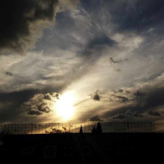 Hello World Relaxing OpenEdit Eyeem4photography Chromatic Sky Valencia, Spain Quart De Poblet✌ Taking Photos