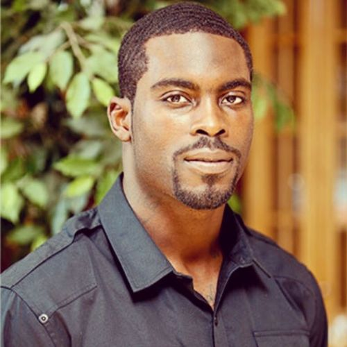"""""""Everything changed in college. I was no longer living in another Quaterback 's shadow. My career Launched ."""" Michael Vick , Renowned Quaterback & author of the Autobiography, 'Finally Free'"""