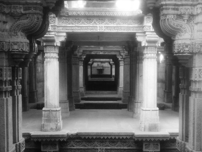 Adalajstepwell Ancient Architecture History History Architecture Indian Architecture Step Well