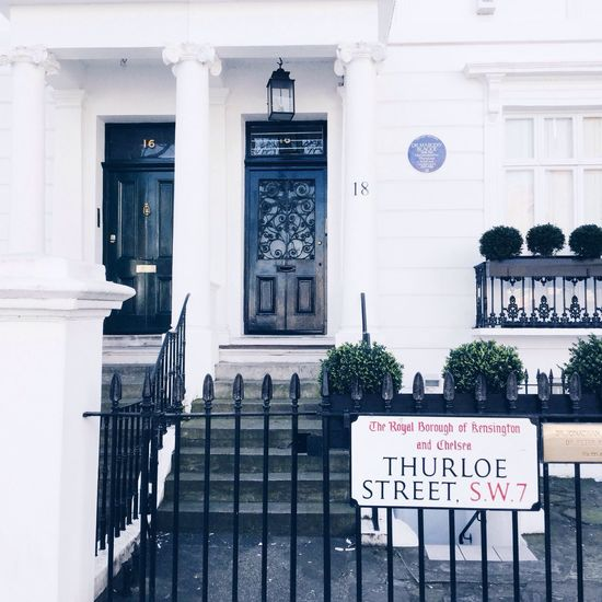 Southkensington Chelsea London White Background The Architect - 2016 EyeEm Awards