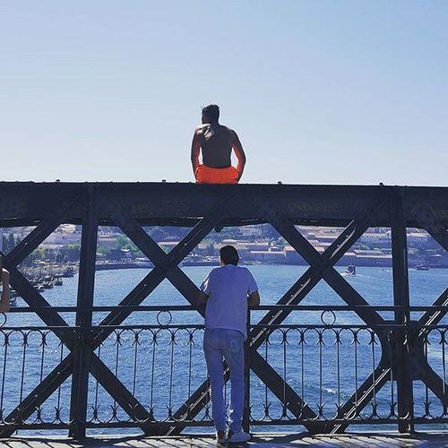 Meninos do Rio Porto Oporto Portugal PortoLovers Porto_lovers Portugalcomefeitos Portugallovers Portugal_lovers Portugaldenorteasul Meninosdorio Douro