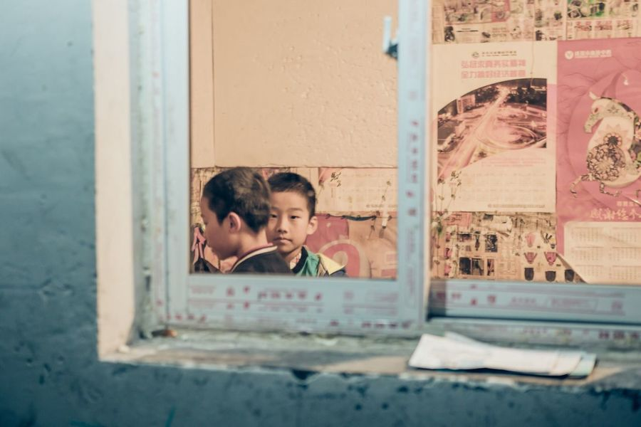 China Boy Boys Kids Window Urban Scene Streetphotography Travel Destinations City Colours People And Places Documentary Vscocam City Life EyeEm Best Shots The Week Of Eyeem Travel Photography Eye4photography  Journey VSCO Urban Travel Night Check This Out Redstartravel