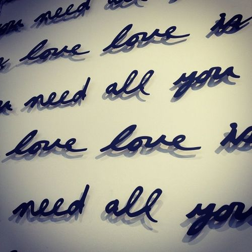 Love is all you need. Thevocablounge