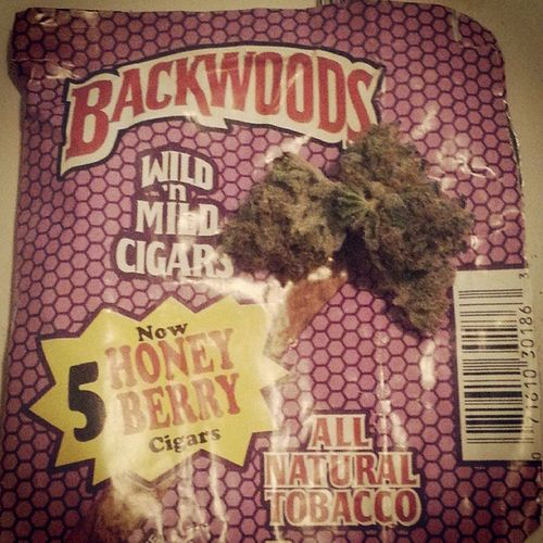 """Ima get a Backwood and smoke me an eighth/ You can take that swisher sweet to the face"" TipFurl Backwoods NoSwisher Northside Cutthoats ThizzNation"