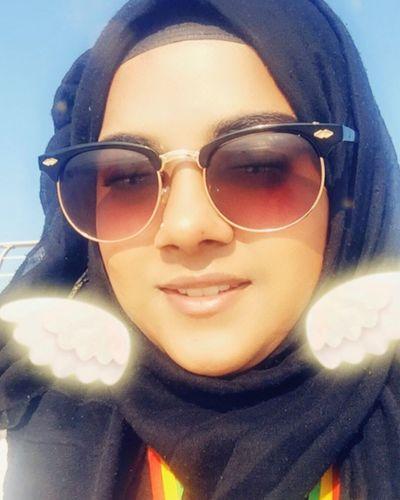 Enjoying the sun😎 Headshot Sunglasses Fashion Lifestyles Looking At Camera