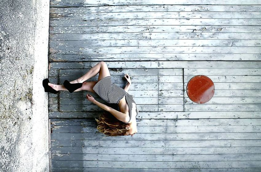 Upside Down Upside Down Reflection One Person Red Color Dress Light Blue, Day Human Leg Blonde ♡ Fashion Blonde Girl Dress Hairfashion Hairstyle Imagination Door Colors Photography Photo Imagine Legs Rust Rustic Rusty Circle Circleoflife