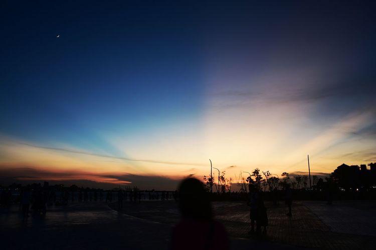 黃昏映樹 朔光 影月 霞雲