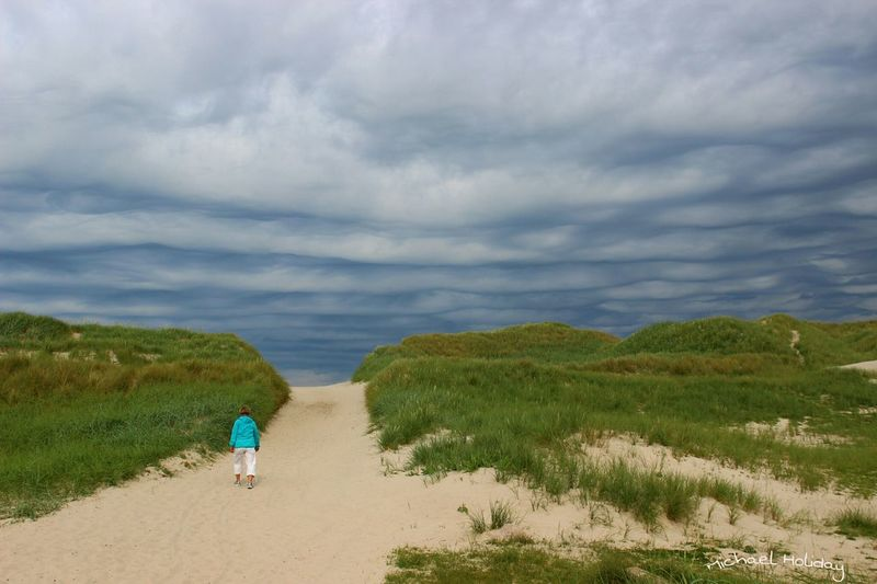 An incredible sky that looks like the waves of the sea behind the dune. Sky_collection Streamzoofamily EyeEm Nature Lover Connected With Nature Protecting Where We Play The KIOMI