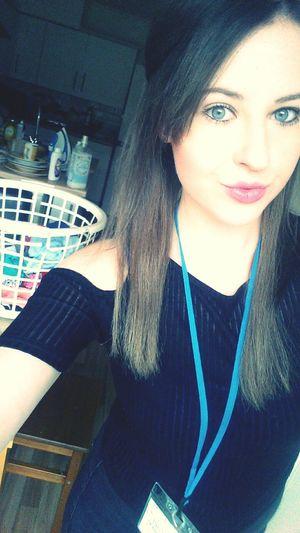 A before work selfie Work Selfies Morning Tired Longdayahead  Makeup Pout Lips Happy