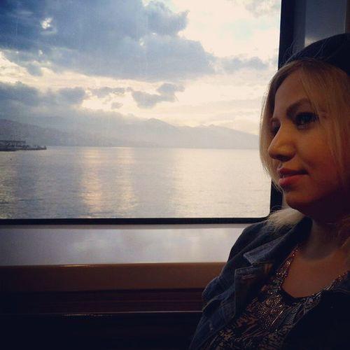 Açıldı bak gemiler denizin ortasında ne hoşsun 😍😘❤
