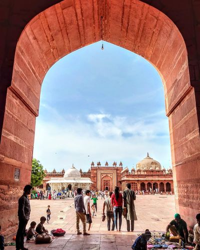 At fatehpur sikri Skyphotography Skyphotos Photography Photo Shotononeplus Shotononeplus6 Artist Art Photographer Instadaily Photooftheday Quickcapture City Sky Architecture Civilization Monument National Monument Mausoleum Historic Arch Visiting Ancient Civilization Triumphal Arch