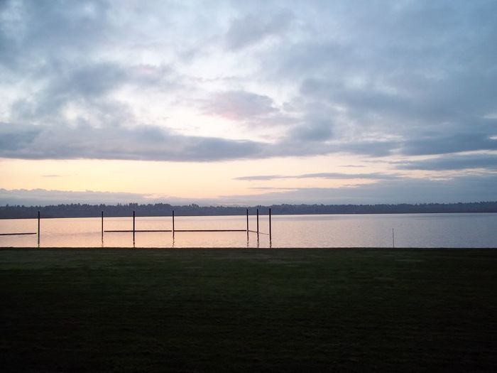 Early dawn on Vancouver Lake