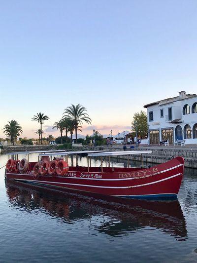 Bellevue Boat