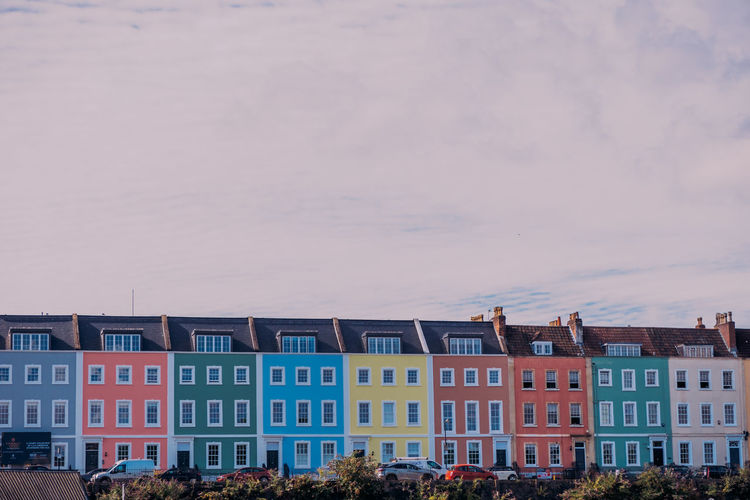Colors Morning Architecture City Life Day Grafitti Low Angle View Outdoors Port Residential District Row House Streetphotography