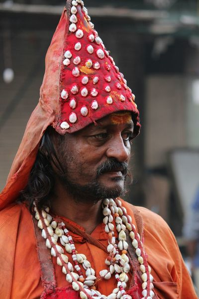 The Intense Look Pilgrimage Pune GaneshChaturthi Portaits LearningPhotography Happystreet Canonphotography Canon1200d Strangepeople