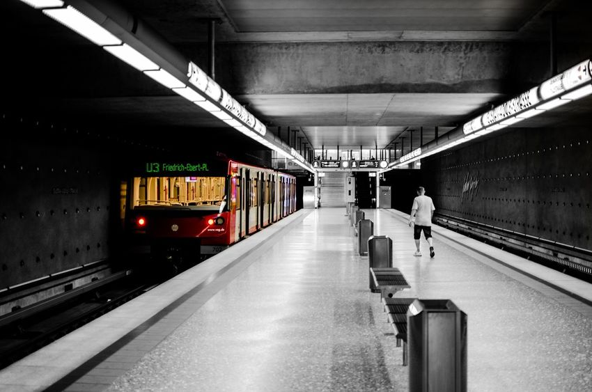last train... Train Train Station Subway Subway Station Subwayphotography Lonliest Place Noonearound Nürnberg Night Colorkey Check This Out Showcase July