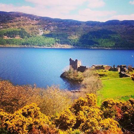 Amazing... Urquhart castle overlooking loch Ness... Just seen the monster Scotland Nature Photography UrquhartCastle Glencoe Lochness