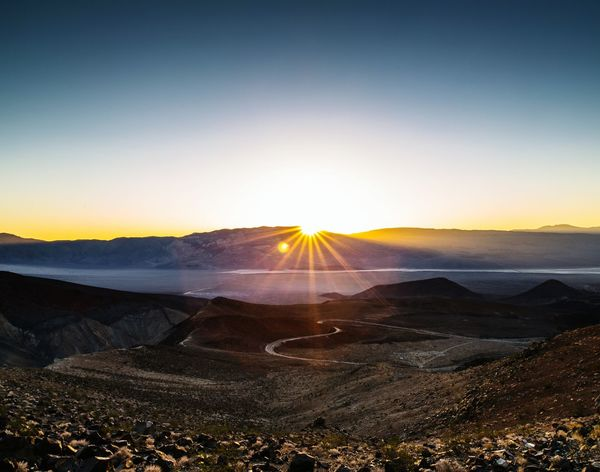 California Death Valley National Park Sunrise Sunlight Senic View Summer Canon Summit 5dMarkIII Zeiss Carl Zeiss 21mm Wide Angle F2.8