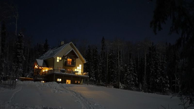 Alaska Vacation Vacation Home Night Bright And Warm Lights Woods Fairbanks Snow House Fairbanksalaska Cold Freezing Freezing Cold Tranquility Snow Sports