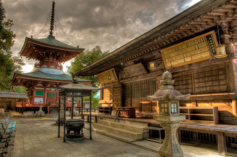Japanese Culture Evening Sun Evening Sky Evening Light Evening Temple Japan Photography Japan Koyasan Sunset Colors Sunset Silhouettes World Heritage Outdoors Statue Representation History Travel Destinations Sculpture Art And Craft Nature Sky Cloud - Sky Belief Place Of Worship Spirituality Building Building Exterior Religion Built Structure Architecture HDR High Dynamic Range