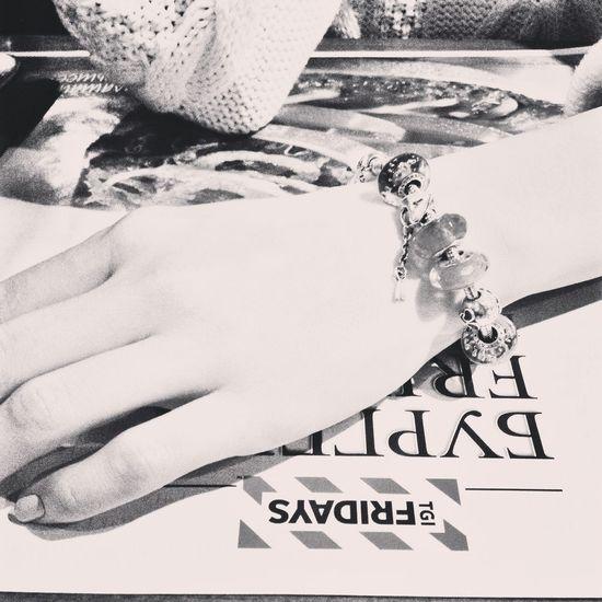Pandora Bracelet  Pandora Fridays Russia Россия