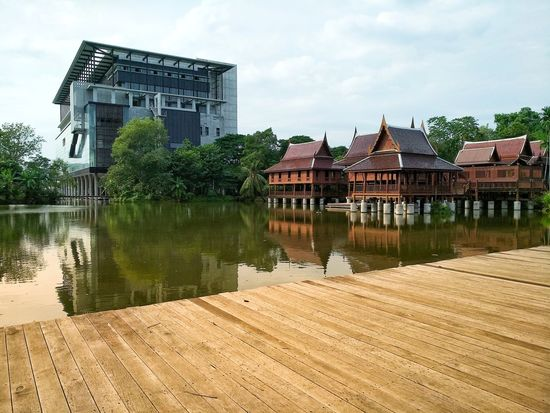 Thaihouse Modernbuilding