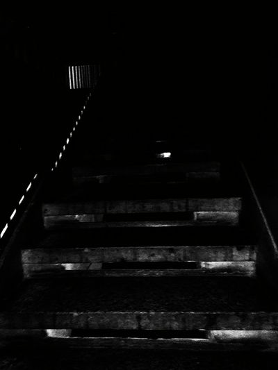 Stairs Steps And Staircases Indoors  Creativity Woow Reflection EyeEm Best Shots - Black + White Eyem Best Shots Eyeemphotography Staircase Illusion Lights