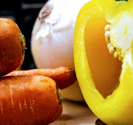 Yellow Pepper Carrots Close-up Food Food And Drink Freshness Healthy Eating Indoors  No People Onion SLICE