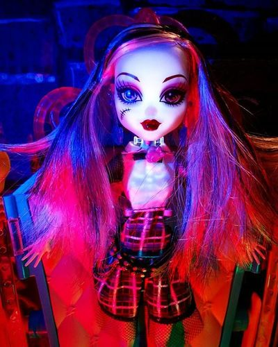 GhoulsAlive FrankieStein is electrifying for tonight's Tcb_theclarity01 @toypops2 appearance... ************** Doll Dolls Dollstagram DollPhotography Dollphotogallery Dollphoto Toy Toys Toyphotography Toyphotogallery Toycrewbuddies Toyplanet Toygroup_alliance Toys4life Toyrevolution Toyunion Ata_dreadnoughts Monsterhigh Monster_High Mattel