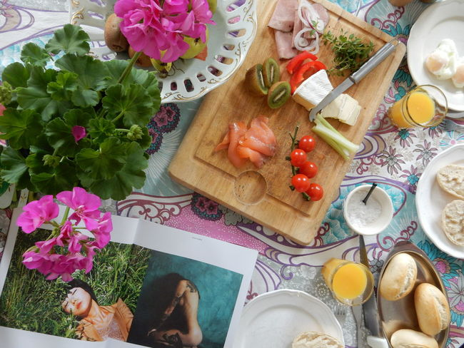 Bread Rolls Enjoying Life Fruit Brie Fruits Smoked Salmon  Egg Eggs Eggs Benedict On The Table Food Breakfast Lunch E EyeEm Woman EyeEm Woman Magazine Magazin Table Morning Colors Colour Of Life