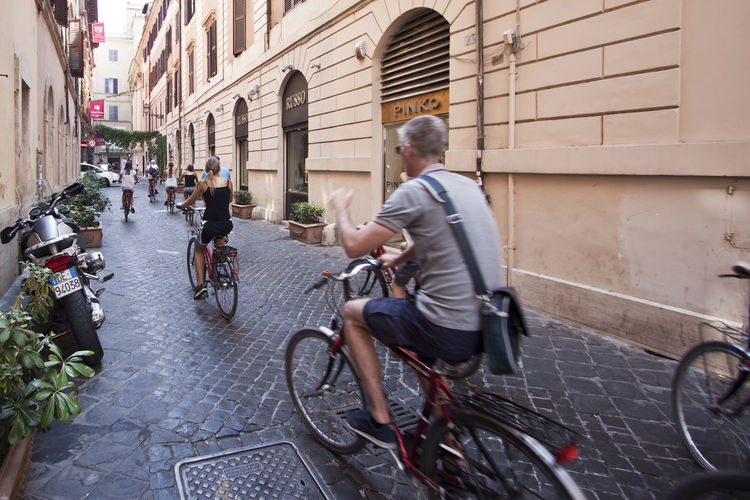 Bicycle Tour in Roma Bici Roma Your Ticket To Europe Bicycle Bicycling Bike City City Life Cycling Day Men Mode Of Transport Outdoors People Real People Street Transportation Travel In Roma