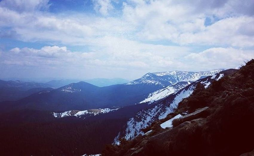 Mountain Ukraine_recommends Ukraine_insta Ukraine_img Ukraineimg Karpaty Карпаты карпати Travel Travels Vacation Vacationtime Vso Vsocam Uavsco Snow Likeforlike