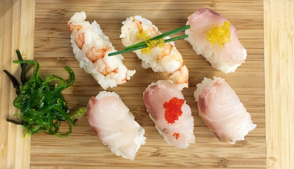 Sushi Sushi Time Nigiri Nigiri Sushi Freshness Food And Drink Food Healthy Lifestyle Large Group Of Objects Group Of Objects Selective Focus Meal Temptation