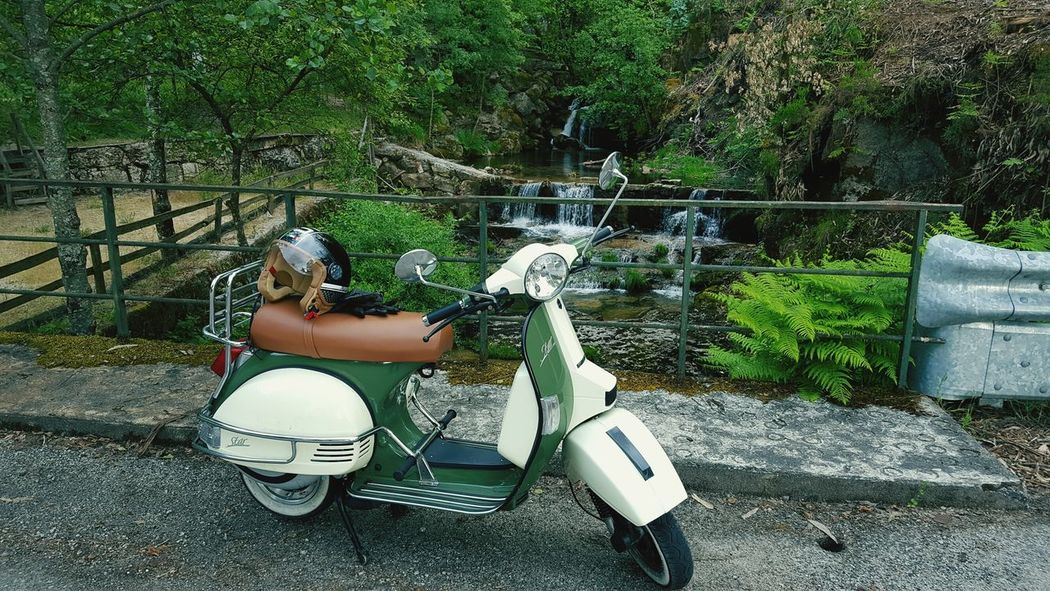Vintage Moto Weekend Activities Countryside Hobbies Outdoors Lifestyles Motorcycle Lml LmlPhotography LMLStar LML STAR DELUXE Indian Vespa Portugal Northportugal Amarante 2Wheels Full Length Leisure Activity Lifestyles Transportation