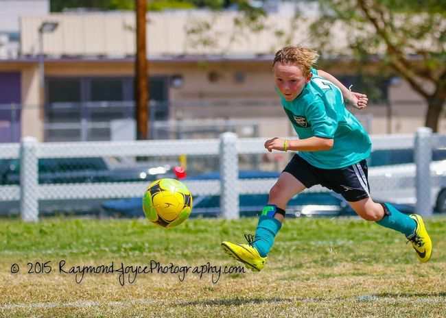 Nice Kick, Brady! Soccer Soccer⚽ Soccer Game Soccerbible Soccer ⚽ Soccer Match Soccerislife Sports Photography Sportsphotography Sports