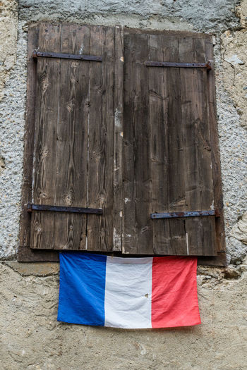 Montsegur Architecture Building Exterior Built Structure Close-up Flag French Flag No People Window Wood - Material Your Ticket To Europe Investing In Quality Of Life The Week On EyeEm