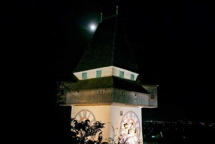 Moon Architecture Clock Tower Illuminated Night Schlossberg Tower Uhrturm