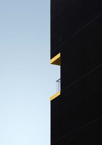Façade Building The Architect - 2017 EyeEm Awards TheWeekOnEyeEM Angles And Lines Architecture Lines And Shapes Architecture_collection EyeEmBestPics EyeEm Best Edits EyeEm Best Shots Architecturelovers Angles And Views Contrast 50/50 Fiftyfifty Minimalism Minimal Minimalist Architecture Balcony EyeEm Ready   The Graphic City