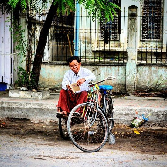 Downtime Burma Myanmar Mandalay Bicycletaxi Cyclo Reading Travel Travelingram Travelgram BBCTravel Worlderlust Instagood Follow Followme Photooftheday Picoftheday Beautiful Like Instalike