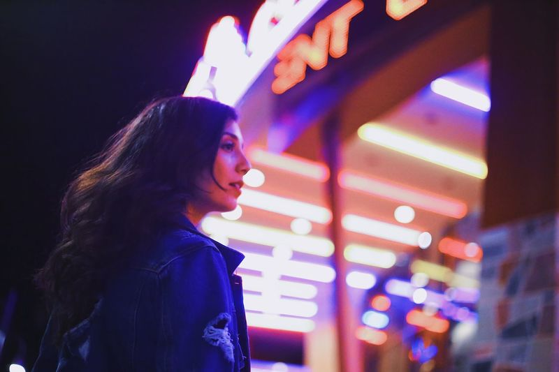 Nightscapes EyeEmNewHere EyeEmBestPics EyeEm Best Shots Illuminated One Person Real People Indoors  Side View Leisure Activity HUAWEI Photo Award: After Dark Lifestyles Night Young Adult Portrait