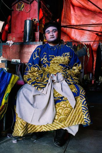 Traditional Clothing The Photojournalist - 2017 EyeEm Awards Streetphotography Colors Fujifilm_xseries Passionpassort Streetportrait Streetportraiture CreateExplore Lensculturestreets Lenscultureportrait The Street Photographer - 2017 EyeEm Awards The Portraitist - 2017 EyeEm Awards Aroundtheworld ExploreEverything Fujifilm Streetphotographers Bangkok, Thailand Theater Life Chinese Culture Chinese Opera Traditional Thai Costumes Costumes Bangkok,Thailand(Siam) Thailand Culture Thailand Photos EyeEmNewHere Live For The Story BYOPaper! An Eye For Travel