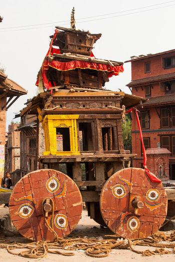 Bhaktapur Culture Fest Holz Nepal RAD Räder Seile Tradition Traditional Umzug Wagen Wood