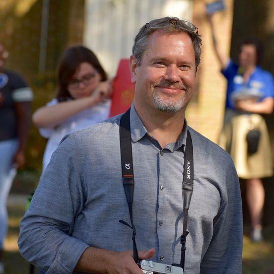 Smiling Looking At Camera Adult Portrait Incidental People Emotion The Portraitist - 2018 EyeEm Awards