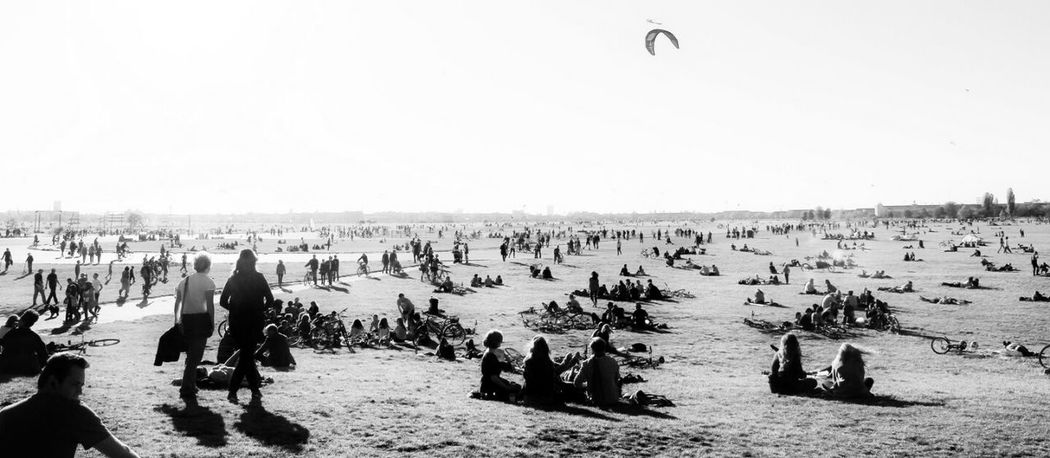 Berliner Ansichten Black And White Tempelhofer Feld Airport Crowded Crowded Place Sommer Summer Large Group Of People Blackandwhite Airport Life Tempelhofer Freiheit Peaceful Cityscape